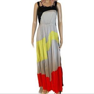 Gracia pleated color lock maxi dress size small